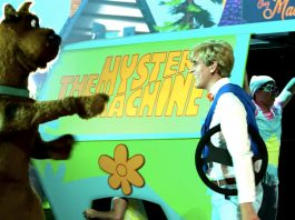 Do the Scooby-Doo brings back the Mystery Inc. Gang