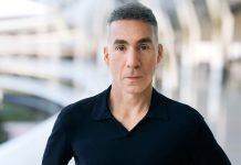 Dan Riccio begins a new chapter at Apple